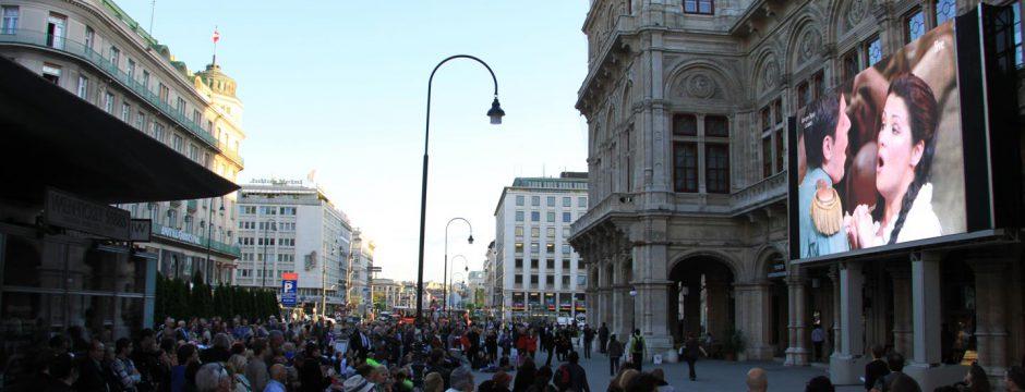 LED Videowall Werbung DOOH Kampagnen Wien, Österreich bei belvue.net Videowall Netzwerk