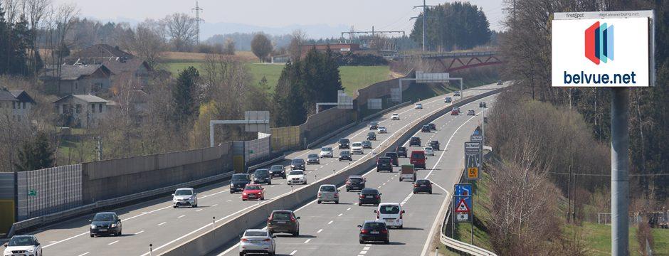 LED Videowall Werbung DOOH Kampagnen Autobahn A1 Oberösterreich, Österreich bei belvue.net Videowall Netzwerk. Digitale Außenwerbung